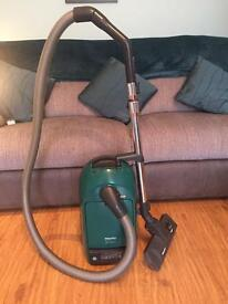 Miele S255i Air Clean Vacuum Cleaner