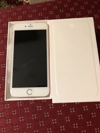Apples IPhone 6 Plus 128gb white and silver Unlocked very good condition