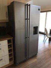 Electrolux Fridge Freezer - integrated ENN2801EOW | in ...