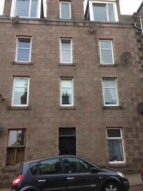 One bedroom flat for lease in the city centre.
