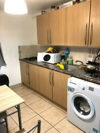 One 1 bed room Flat to rent In Greenford. DSS APPLICANTS with Guarantor.ALL BILLS INCLUDED. £1175pm
