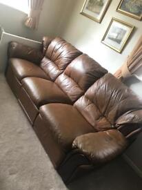 3 piece leather suite with electric recliners