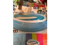Intex family pool with seat