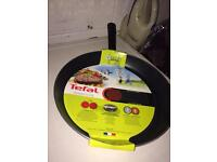 BARGAIN! BRAND NEW! Tefal pan (Frying/cooking etc)