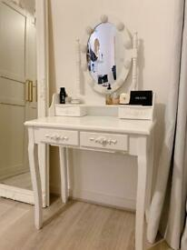Antique Dressing table with lights
