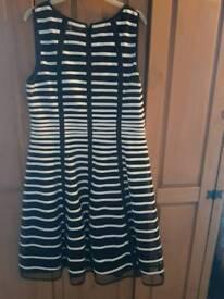 ROMAN DRESS size 18