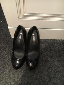 High heels size 3