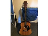 Acoustic Guitar for sale (Missing 3 strings and 3 pegs)