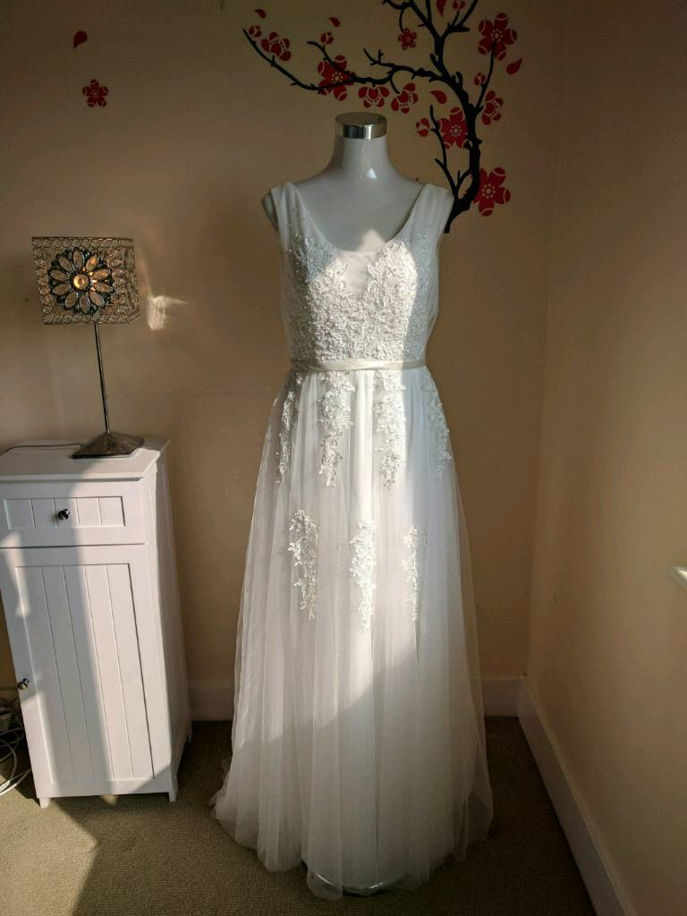 Wedding Dress Vintage/ Boho Size 14 Brand New | in Southend-on-Sea ...