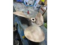 PROPELLER 20L23 LCUP 3 BLADE 1 3/8 SHAFT HY TORQ CAME OFF A SILVERTON 35