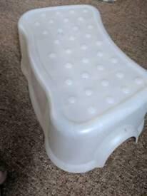 Step up stool