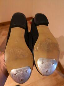 Black tap shoes size 1