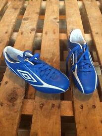 Kids Size 12 Umbro Football Boots