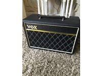 VOX bass amp pathfinder 10 LIKE NEW
