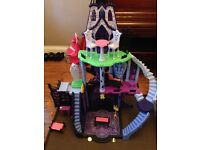 Monster High Catacombs - £50.00