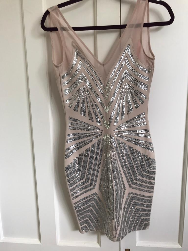 Lipsy dress size 8in Halesowen, West MidlandsGumtree - Lipsy dress size 8 stitching coming undone slightly but doesnt affect the use of the dress (shown in pictures)