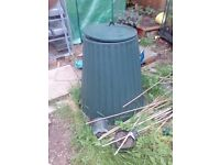 Large green compost bin