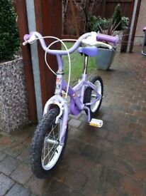 Apollo Petal girls bike