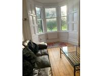 Lovely bright 2 bedroomed flat overlooking Leith Links