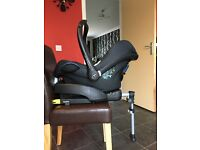Maxi-Cosi black Cabriofix car seat and Easyfix car seat base (available separately if required)