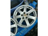 Subaru 15 alloys wheels