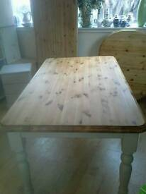 Farmhouse Table, Shabby Chic