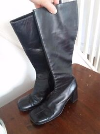 Beautiful Leather Black Boots size 8