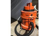 Vax wet/dry vacuum cleaner