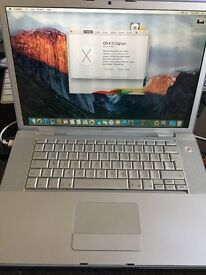 Apple MacBook Pro 15 inch 2.2GHz Core 2 Duo