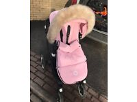 BUGABOO BUFFALO WITH BLACK FRAME, PINK HOOD INCLUDING FOOTMUFF