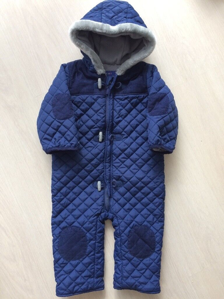 2422427f9b98  boys 12-18 months snowsuit in great condition