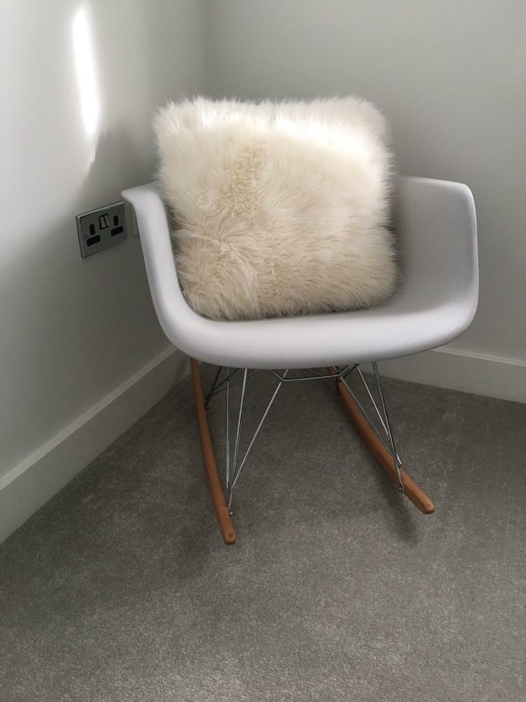 Awesome Plastic Tub Rocking Chair In Woodville Derbyshire Gumtree Evergreenethics Interior Chair Design Evergreenethicsorg