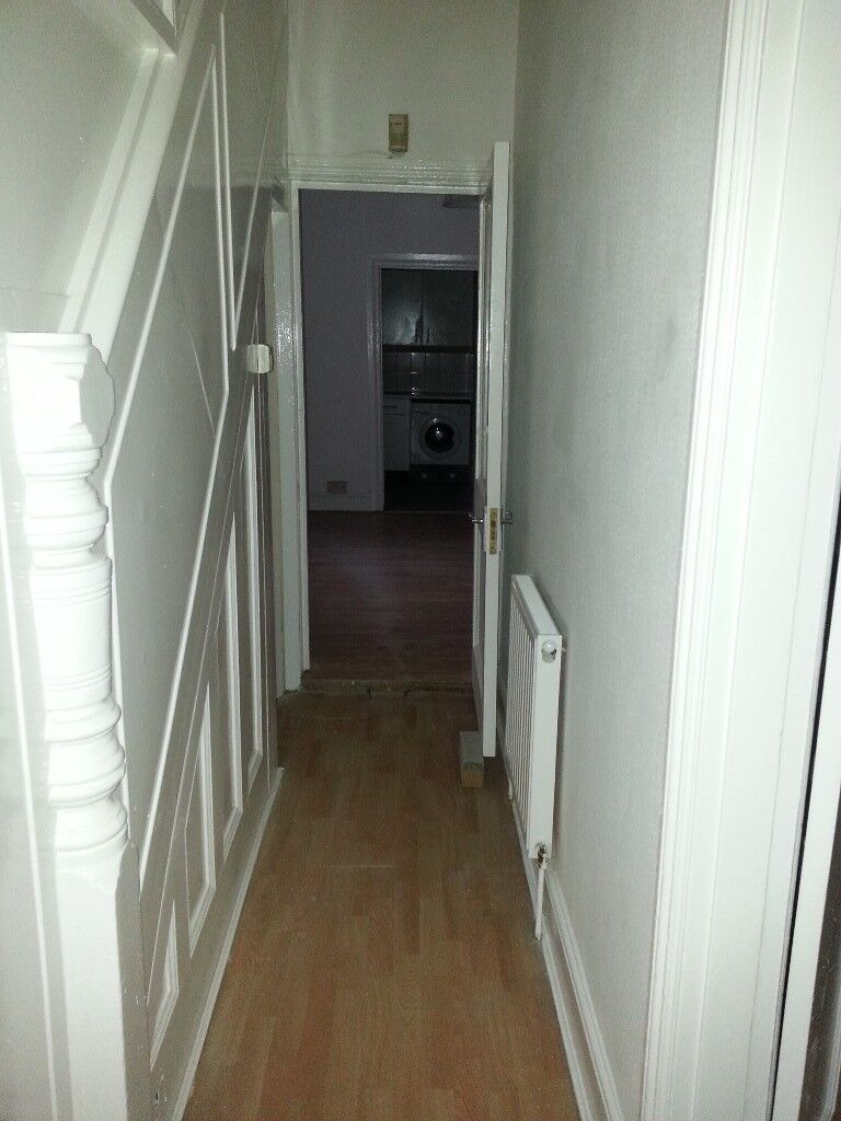 2 Bed Ground Floor Flat Manor Park E12