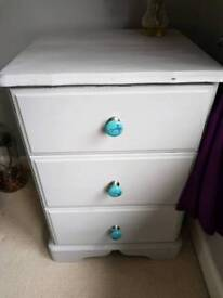 Chest of 3 Drawers in Grey with distressed edges and swallow design drawer knobs