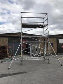 Instant upright aluminium scaffold tower