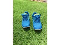 Blue Nike free run 5.0 trainers. £20. Size 5.5