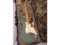 Fender stratocaster American professional standard as new.