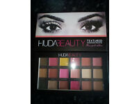 NEW HUDA BEAUTY TEXTURED EYE SHADOW PALETTE ROSE GOLD EDITION £10 EACH OR 3 FOR £25