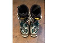 Salmon Idol 7 | Women's Ski Boots, Size 25.5 | Very Good Condition