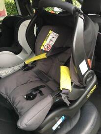 Graco Snug & Safe car seat + ISOFIX Base