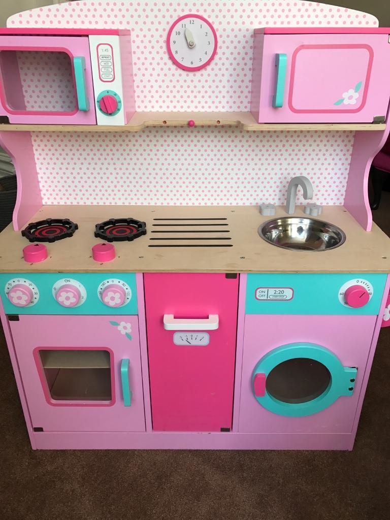 GLTC wooden 'sweet pea' play kitchen