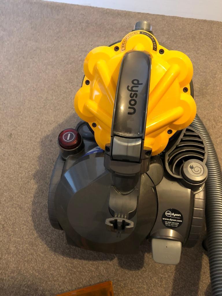 Dyson DC19dB Multi Floor Bagless Cylinder Vacuum Cleaner