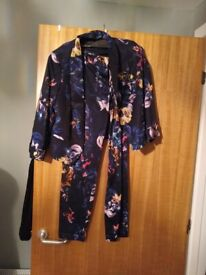 """very good condition ladies suit size 12 and 27"""" leg"""