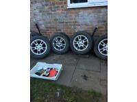 Land Rover discovery td5 alloys with tyres