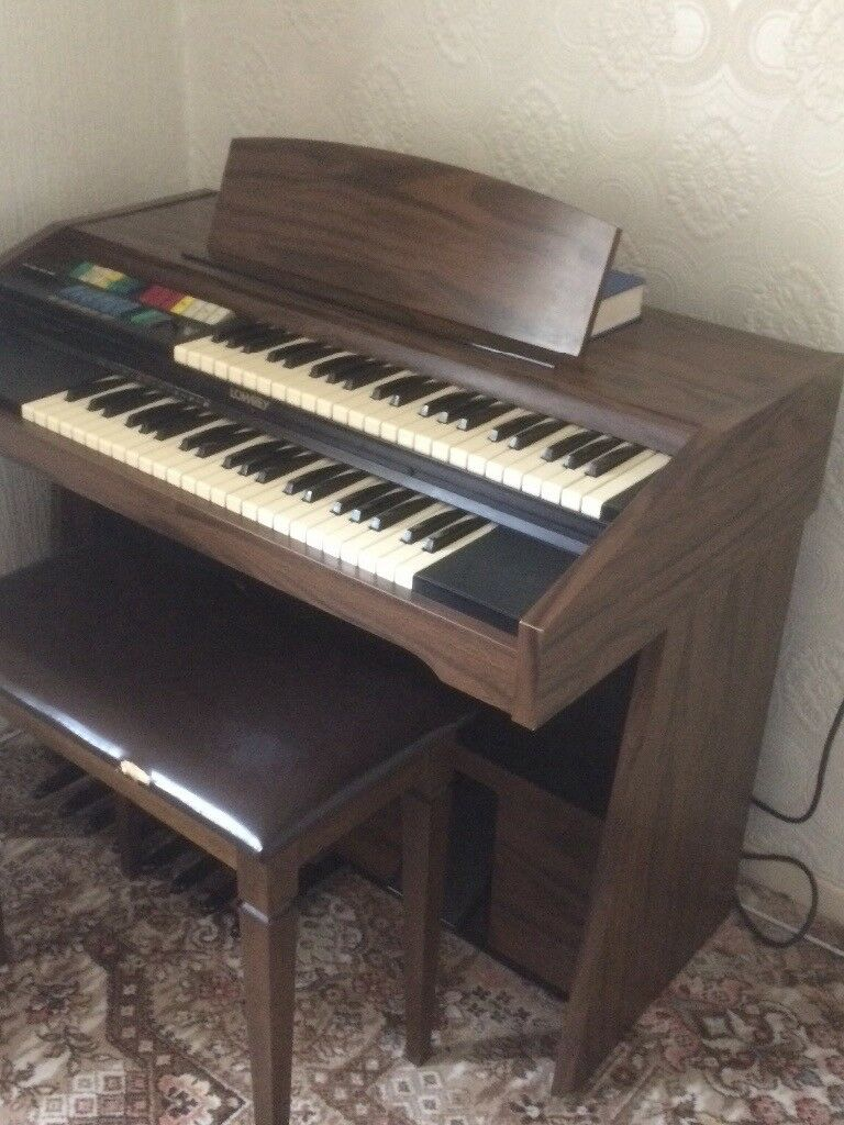 Free standing Electric organ