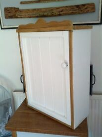 Small, rustic cupbaoard, white and waxed wood.kitchen / bathroom Beautiful piece