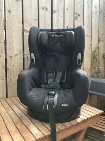 Maxi Cosi Axiss rotating car seat