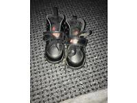 Kids Nike hurraches shoes (used But new condition) size 6.5uk