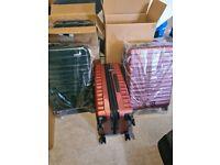 Premium MEDIUM hardside luggage spinner