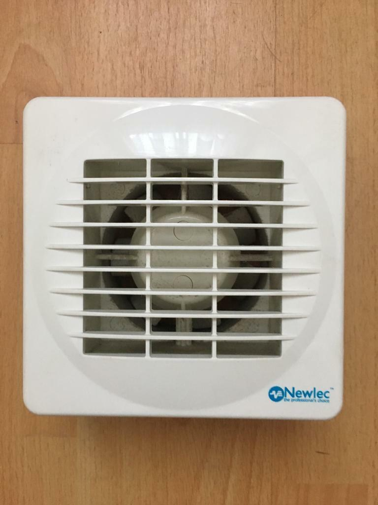 Bathroom Extractor Fan With Light: In Gilmerton, Edinburgh